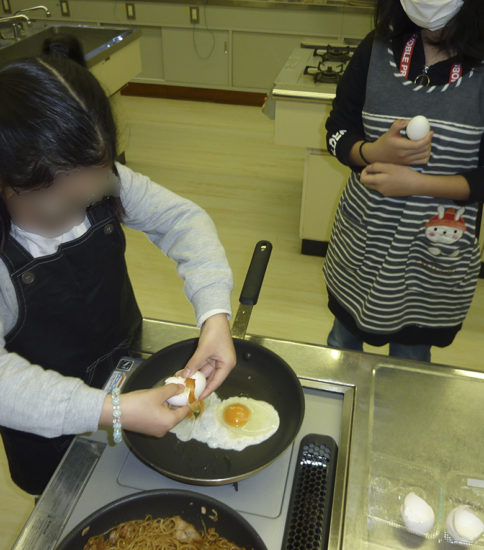 3月のイベント(親子de料理♪みんなto食べよ♪)